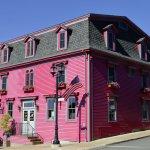 Mariner King Cranberry Suites (rooms 201-206)