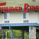 Photo de Thunderbird Motel