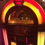 old fashioned juke box