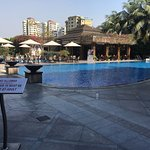 nice pool and restaurant area.. also a small pool for kids