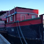 The Red Boat Hotel & Hostel Foto