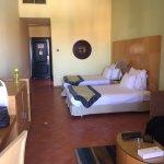 فندق جميل  ومكان. رائع. وخدمه مميزه. واهتمام  والغرفه واسعه ونظيفه