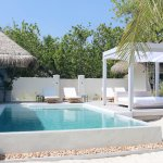 Pool der Duplex Beach Villa