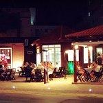 Café e Restaurante Monte Carlo - Avenida General Rondon, 580 - Com Pizzaria