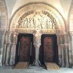 Photo of La Basilique Sainte Marie-Madeleine