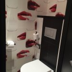 les toilettes girly