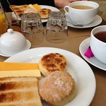 Scone, crumpet, toast & cheddar