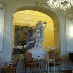 Grand Hotel Des Iles Borromees - the lobby - Bernini replica