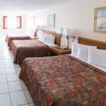 Large room with 3 double beds