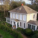 Aerial view of the Shorecrest Bed and Breakfast