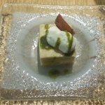 Entrée offerto dagli chef... il primo simbolo della loro unione gastronomica e il secondo un oma