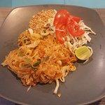 Chicken pas thai