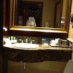 Photo de Radisson Suite Hotel Toronto Airport