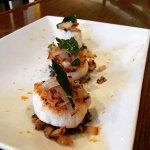 Seared sea scallops with onion relish