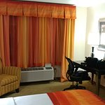 Photo de Best Western Plus Cecil Field Inn & Suites