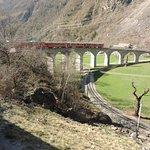 Photo de Trenino rosso del Bernina