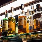 Os melhores whyskies fazem parte da nossa carta de bebidas. Venha conferir!