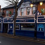 Duffy's Pub serving good quality food and drink. Live Bands at weekend. Trad session every Sunda