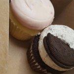 Raspberry and Oreo Cupcakes