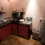 Kitchenette in Africa room