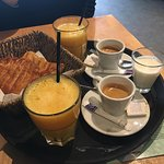 Foto de Cafe Maison du Peuple