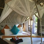 Photo of Sunshine Hotel