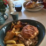 Tarragon Chicken and Bacon Float Top Pie