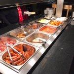 Vous trouverez le buffet avec quelques spécialités de l'Irlande, pas mal de choix quand même.