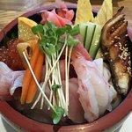 Jyo chirashi sushi