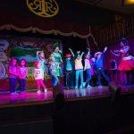 saloon show