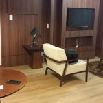 Boa e aconchegante sala na suite premium