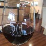 صورة فوتوغرافية لـ 50 Bistro