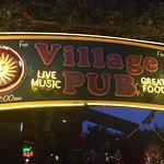 Village Pubの写真