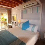 Seahorse bedroom with Jacuzzi pool view