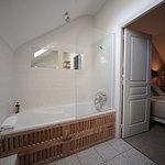 Salle de bain chambre Moulin,côté jardin