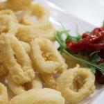 Calamares fritos con mahonesa de cítricos