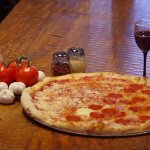 Delicious Italian foods, including pizza, cheesesteaks, pasta, wings, etc. from State Street Piz