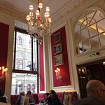 Photo de Cafe Sacher Wien