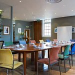 Hart's Upstairs above Hart's Restaurant is ideal for meetings, parties, exhibitions and weddings