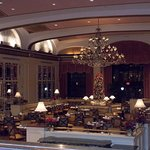 The Omni Shoreham dining area.  Offers a fantastic breakfast buffet.  November 2016.