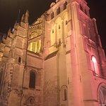 Ibis Saint Quentin Basilique Foto