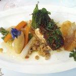 Mon plat du jour : dos de saumon mi-cuit sur son risotto de céleri/parmesan , betteraves en croû