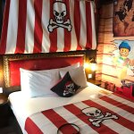 Premium pirate themed room