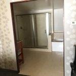 2 room: 1 King suite