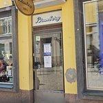 Brunberg, entrance