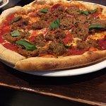 Tri Carne Pizza