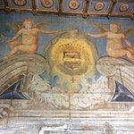 Détail des peintures murales datant du XVIe siècle du château de Selles sur Cher