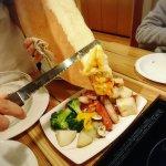 Pizza Ya no Cheese Cafe
