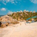 Пляж пансионата Изумруд состоит из трёх карт (детский – мелкогалечный и два – каменных)