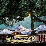 Pioneer's Grill Foto